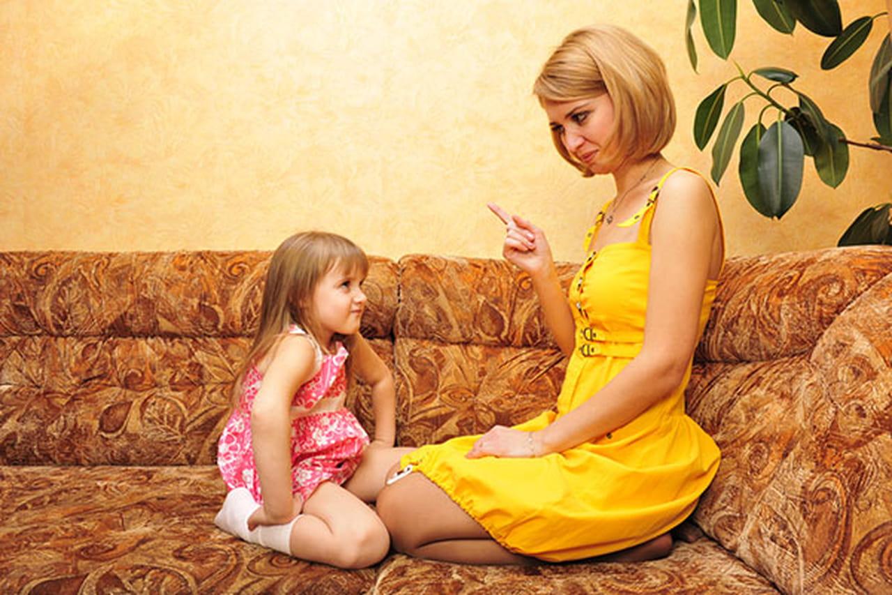 Секс с зрелой подругой мамы, Парня соблазняет подруга мамы 17 фотография
