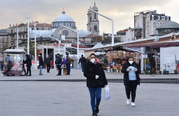 «Город пустой, поулицам гуляют только туристы»