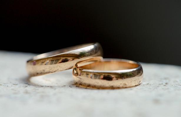 Знаменитости, которые женились народственниках