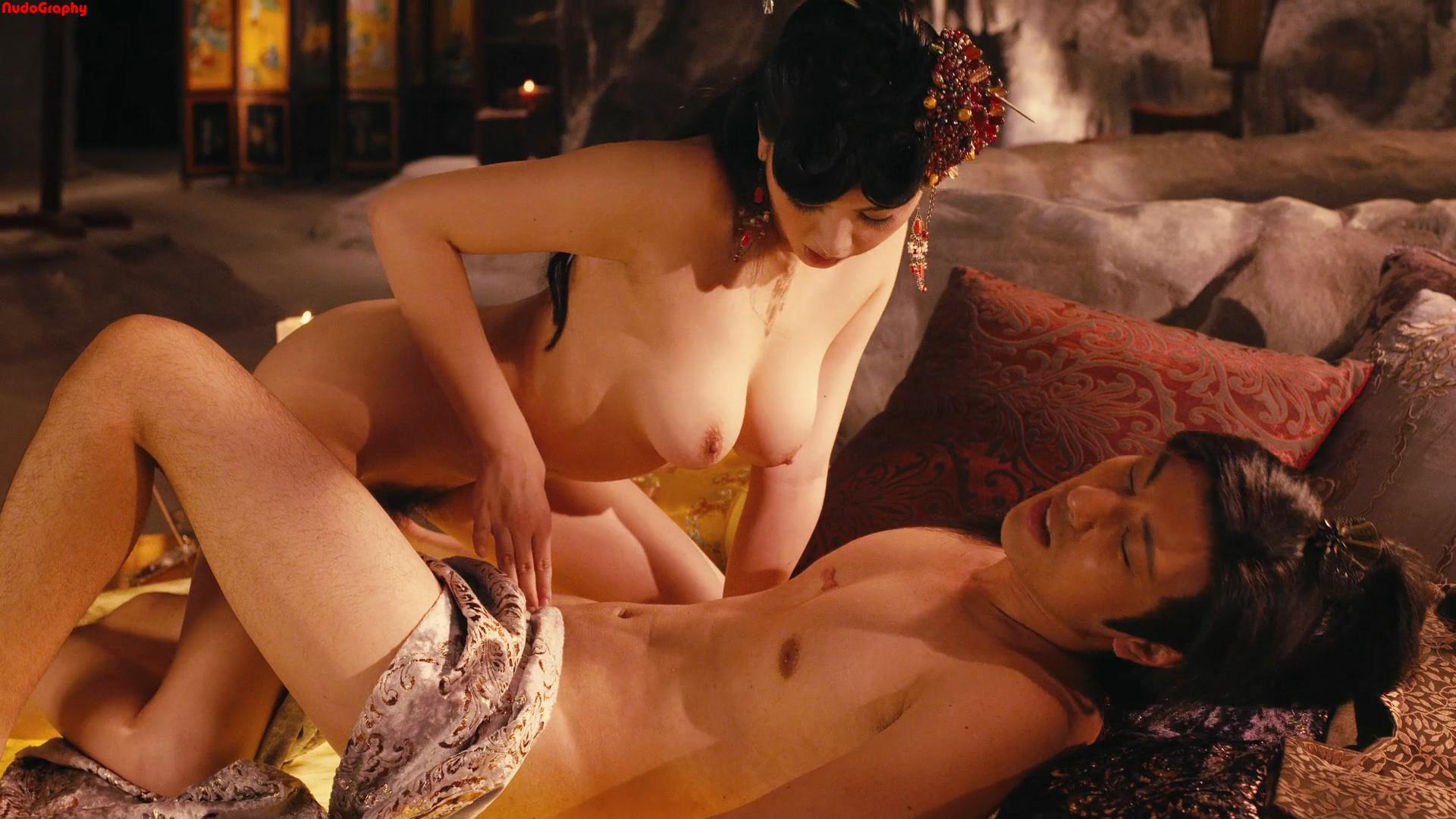 10 самых сексуальных сцен из фильмов!  YouTube